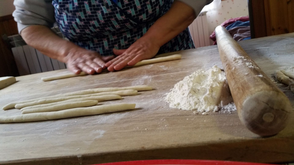 hand-made-pasta-of-the-roman-countryside